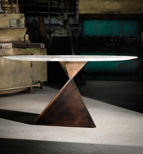 Decorex twisted metal table